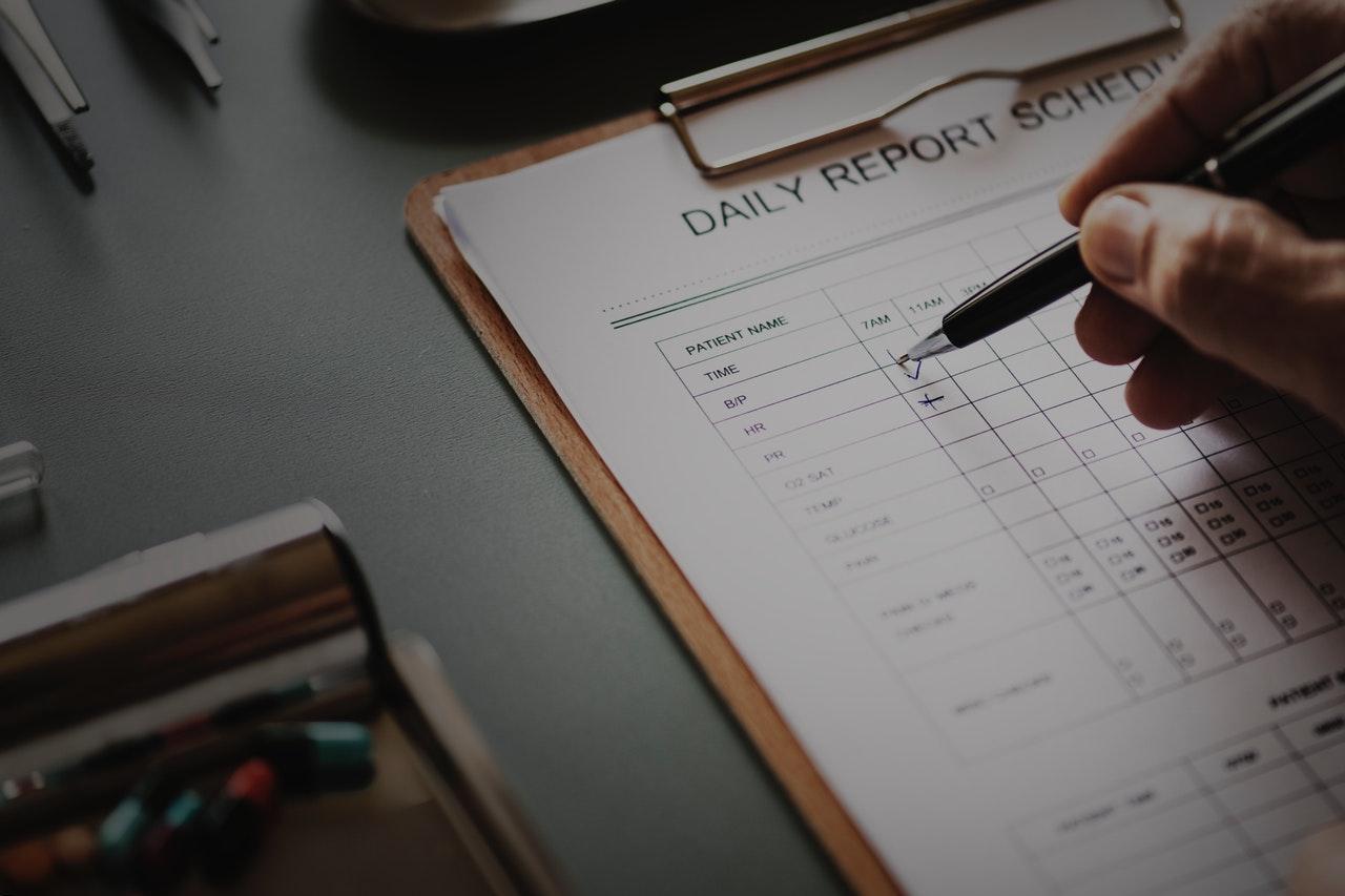 checking-checklist-clipboard-955449